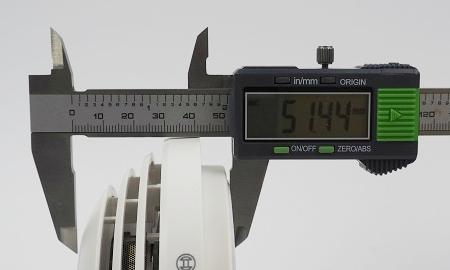 Höhe des Bosch Ferion 4000 O inkl. Montagesockel