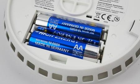 Batterien im Abus Smartvest FURM35000A Rauchmelder
