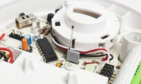 Ei603TYC mit Funkmodul Innenansicht - Wärmesensor