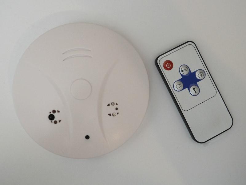 Rauchmelder Kamera mit Fernbedienung